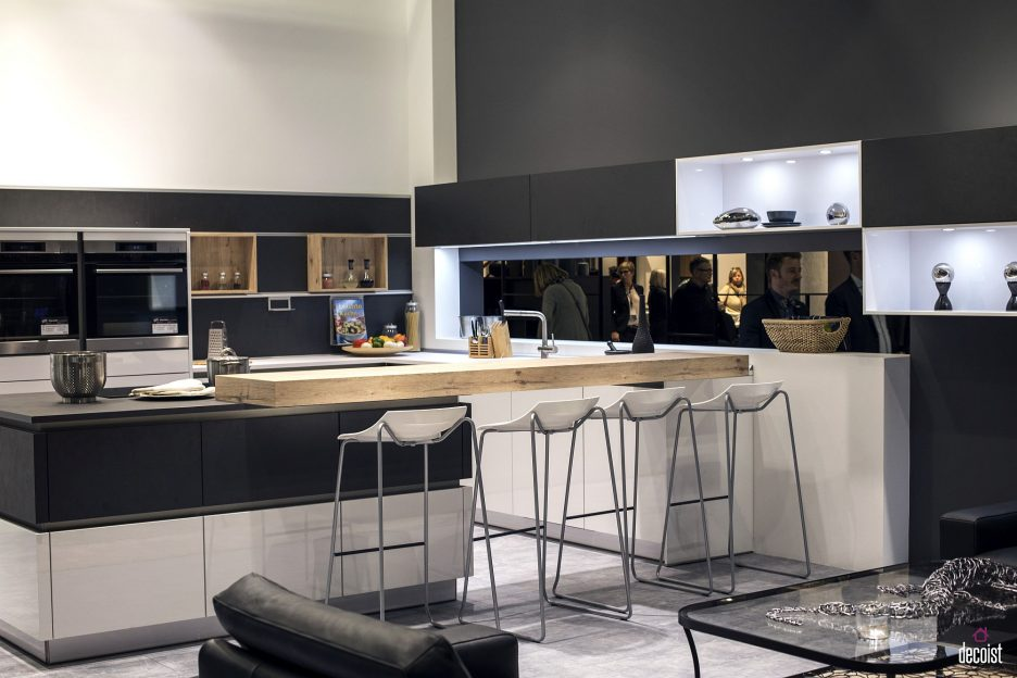 gray-white-island-with-wooden-breakfast-bar-industrial-stainless-steel-stools-double-wall-ovens-936x624-1.jpg